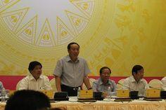 Thứ trưởng Nguyễn Hồng Trường trả lời câu hỏi của PV tại cuộc họp báo chiều tối 31/7  XE CHỞ ĐIỆN /  KHÔNG BỊ XỬ LÍ (BÁC BỎ 1 VẤN ĐỀ)