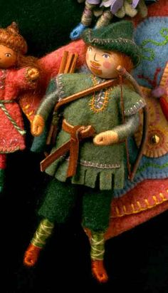 Robinhood in Sherwood Forest. This set of characters from Sherwood Forest were supposed to be included in the book, Felt Wee Folk: Enchanting Projects (by Salley Mavor), but were put aside because of lack of space.