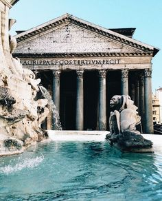 The Pantheon in Rome, Italy. Located in the ancient city, this is one of the top places to visit! Visit Rome, Visit Italy, The Places Youll Go, Places To See, Pantheon Roma, Places To Travel, Travel Destinations, Reisen In Europa, Travel Aesthetic