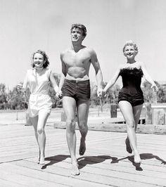 Parce qu'avant des femmes pouvaient parader aux bras de Clint Eastwood torse nu...