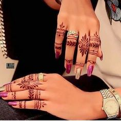 Mehndi designs For Girls 2018 Henna Designs Feet, Finger Henna Designs, Mehndi Designs For Girls, Modern Mehndi Designs, Mehndi Design Photos, Henna Designs Easy, Beautiful Henna Designs, Arabic Mehndi Designs, Henna Tattoo Designs