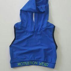 Croptop hoodie with racerback (blue/neon green)