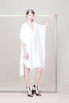 Zero + Maria Cornejo | Resort 2015 Collection | Style.com Argh! I LOVE this! Simple V neck, floaty, gorgeous kimono sleeves & the asymmetric interest of the hem line is so me!
