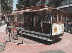 Cable Car  by earmale