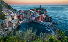 Download imagens Vernazza, noite, cidade pequena, O Tempero, Liguria, costa, Mar Mediterrâneo, Itália