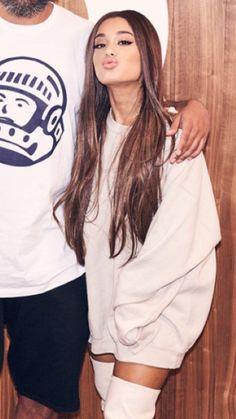 Ariana Grande x radio Beats 1 Ariana Grande Hair, Ariana Grande Fotos, Ariana Grande Outfits, Ariana Grande Pictures, Ariana Grande Wallpaper, Gossip Girl, Adam Sandler, Dangerous Woman, Divas