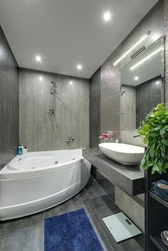 Do you want to build an amazing small bathroom? Here we present the 45 Amazing Small Bathroom Design. May you inspire and build your bathroom as you wish from this article. Bathroom Design Luxury, Bathroom Design Small, Bathroom Layout, Zen Bathroom, Bathroom Ideas, Tub Shower Combo, Design Moderne, Amazing Bathrooms, Modern Bathrooms