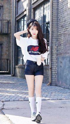 Korean Fashion Kpop, Blackpink Fashion, Fashion Outfits, Cute Korean, Korean Girl, Kpop Girl Groups, Kpop Girls, Korean Beauty, Asian Beauty