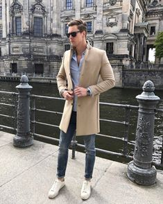 nice 48 Outfit You will Love to Wear on Weekend for Men http://attirepin.com/2018/01/05/48-outfit-will-love-wear-weekend-men/