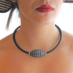 VENEZIA OVAL • Millefiori Murano Necklace • MULTI-COLOR Fashion Colours, Glass Necklace, Murano Glass, Glass Pendants, Chokers, Elegant, Jewelry, Necklaces, Classy
