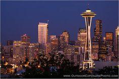 The amazing Seattle cityscape at dusk