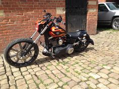 "2010 HARLEY DAVIDSON FXDWG ""a deposit has been taken, thanks for looking!"" 2"