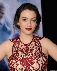 "Kat_Dennings - ""Thor: The Dark World"" Hollywood Premiere in Los Angeles, November 2013 Kat Dennings Pics, Kat Dennings Thor, Beautiful Celebrities, Beautiful Actresses, Kat Dennigs, The House Bunny, Two Broke Girl, The Dark World, Beauty Full Girl"