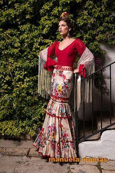 Colección de moda flamenca para 2015 Spanish Dress Flamenco, Flamenco Skirt, Flamenco Dresses, Folk Fashion, Dance Fashion, Fashion Outfits, Abaya Fashion, Special Dresses, Cute Dresses