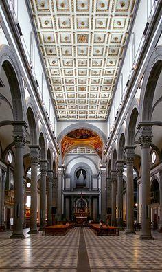 Interior de la BASILICA DE SAN LORENZO DE FLORENCIA - Florencia (Italia) Arquitecto: Filippo Brunelleschi