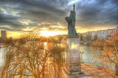 La statue de la liberté à Paris