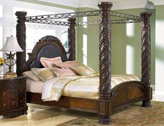 Poster Bed Canopy margaret king poster canopy bed 5 piece bedroom set antique white