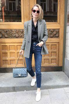 29 casual women outfits ideas with blazer 5 Blazer Jeans, Look Blazer, Blazer Outfits, Casual Outfits, Fashion Outfits, Fashion Trends, Grey Blazer Outfit, Casual Blazer, Tweed Blazer