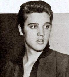 Elvis arrival in New-York in january 5 1957.