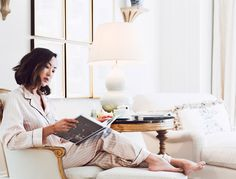 What you do in the morning sets the tone for your entire day. So, here's how to make like the world's most successful women and create an a.m routine.