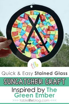 Looking for an easy craft to do with your kids while you read The Green Ember together? Here's a fun stained glass suncatcher craft to add to your plans! #rabbitswithswords