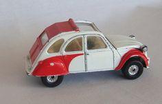 Vintage Citroen 2 CV6, Corgi • citroen 2CV • 2CV dolly red and white