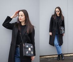 Get this look: http://lb.nu/look/8624773  More looks by Ann Kos: http://lb.nu/user/1716611-Ann-K  Items in this look:  Coat, Bag   #casual #street