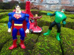 Superhero Reunite for Battle..