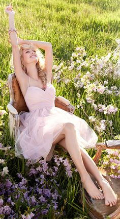 A quiet Spring day. Via @anneke3244. #Spring #dresses