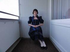 Seiden Kostüm kobalt blau - Strumpfhosen Fotos & Bilder