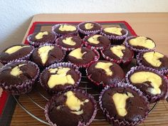 Double Chocolate Cheese Cake Muffins 2 Double Chocolate Cheesecake, Baking Muffins, Cheese Muffins, Cupcakes, Breakfast, Desserts, Food, Facebook, Molten Chocolate