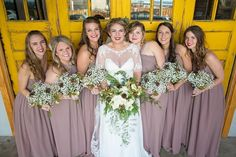 Loving the rustic winter bouquets in today's wedding featuring baby's breath and pinecones! Chic and #budgetsavvy! Photo by Chelsey Williams Photography #knoxvillewedding #chelseywilliamsphotography #bridesmaids #weddingday #wedding #bouquets #babysbreath #pinecones // See this post on Instagram: http://ift.tt/1QFsV9J