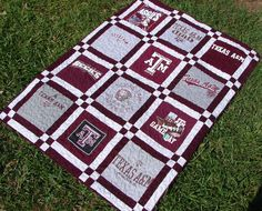 This listing is for the balance due on a 12 Block Double Sashed Aggies themed t-shirt quilt, commissioned by mbconnely. Texas A&M Aggies Quilting Projects, Quilting Designs, Sewing Projects, Quilt Design, Sewing Tips, Sewing Ideas, Diy Projects, Panel Quilts, Quilt Blocks