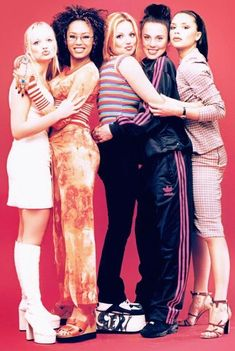 """"""" Spice Girls photographed in Kuala Lumpur, Malaysia, 20 years ago today, on April 🇲🇾🌏 Ginger Spice Costume, Baby Spice Costume, 1990s Fashion Trends, 2000s Fashion, Girl Fashion, Womens Fashion, Spice Girls Outfits, Girl Outfits, Fashion Outfits"""