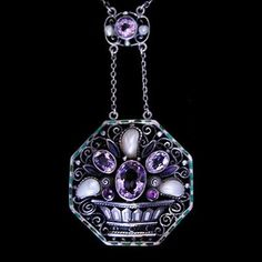 Jewelry Crafts, Jewelry Art, Antique Jewelry, Vintage Jewelry, Fine Jewelry, Jewelry Design, Jewelry Making, Amethyst Jewelry, Amethyst Pendant