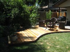 decks dont need to be enormous...... or straight lined.