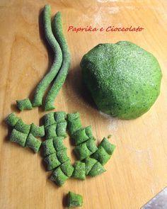 gnocchetti di semola con spinaci