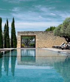 Pool - Domaine des Andeols in Provence, France