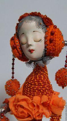 Кукла-птица.Оранжевая кукла.Куклы Татьяны Адаменко. Сказочная кукла,Небольшая кукла.Купить коллекционную куклу.