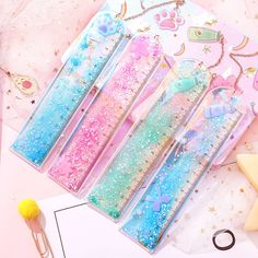 Kawaii Quicksand Sequin Glitter Ruler Cute Avocado Straight Ruler With a Pendant Bookmark For Kids School Measuring Stationery School Stationery, Kawaii Stationery, Stationary School, Creative Bookmarks, Bookmarks Kids, Cute Avocado, Cute Pens, Drawing Templates, School Accessories