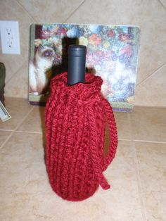 Wine Cozy - pattern from Loops & Threads Charisma yarn Welcome Home project book - fun & easy to crochet