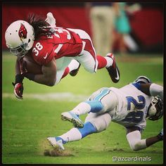 Playing the role of #Superman is #AZCardinals rookie RB #AndreEllington.  #DETvsAZ @Gene Lower / Slingshot Photography #nfl #azlottery #PhotoOfTheDay