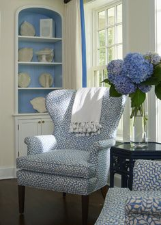 Brabourne Farm: Living With the (Pale) Blues... Need this Chair!