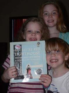 Our latest Five in a Row book was The Little Red Lighthouse and the Great Gray Bridge. I LOVE this book. The storyline is about a li. Little Red Lighthouse, Homeschool Curriculum, Homeschooling Resources, Five In A Row, Learning Tools, Literacy Activities, Read Aloud, American History, Childrens Books