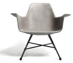 sessel aus beton schalenstuhl mit armlehnen im stil moderner designklassiker midcentury modern 50er 60er jahre eames industriestil loft