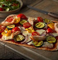 Gluten-free chargrilled chicken pizza recipe Newburn Bakehouse by Warburtons Gluten Free Wraps, Gluten Free Pizza, Wheat Free Recipes, Gluten Free Recipes, Chargrilled Chicken, Chicken Pizza Recipes, Valentines Day Food, How To Cook Chicken, Meals