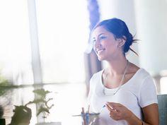 Bescheidenheit ist eine Zier... Was für die Persönlichkeit als positive Eigenschaft gesehen wird, bringt im Job aber meist eher Nachteile...
