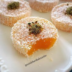 Turkish Delight with Mandarin - Rezepte 2019 Köstliche Desserts, Delicious Desserts, Dessert Recipes, Yummy Food, Tasty, Bakery Recipes, Cooking Recipes, Turkish Sweets, Recipes With Marshmallows