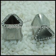 1.Rimed Cz 316L Surgical Steel Triangle Hollow Tunnel Plug  2.Nickle free, no lead  3.Factory price  4.Different color