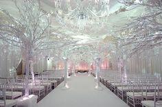 Love winter weddings!!